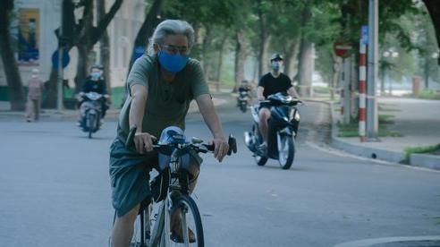 Vừa 'nới lỏng' giãn cách người dân đua nhau ra đường tập thể dục