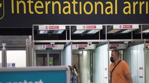 London và các hãng hàng không phản ứng thế nào khi Mỹ nới lỏng hạn chế đi lại với EU và Anh?