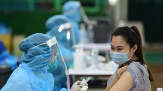 Bộ Y tế yêu cầu khẩn trương tiêm vắc xin Covid-19 cho phụ nữ có thai