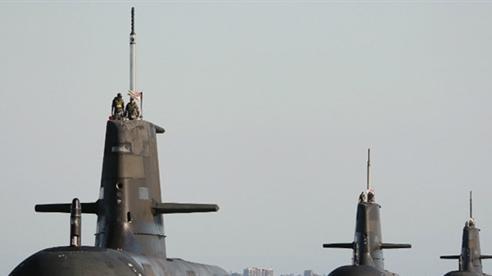 Úc hủy hợp đồng tàu ngầm: Nga nhắc Pháp nỗi đau Mistral