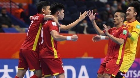 Futsal Việt Nam 1-3 Nga: Việt Nam dốc lực chơi power-play