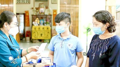 Lãnh đạo TPHCM tiếp tục thăm hỏi, động viên các trẻ mồ côi