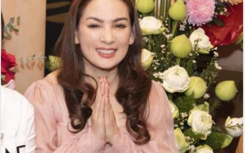 Sao Việt gửi lời cầu nguyện đến Phi Nhung