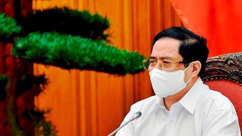 Thủ tướng: Các địa phương kịp thời chấn chỉnh, tăng cường kiểm tra không để tụ tập đông người