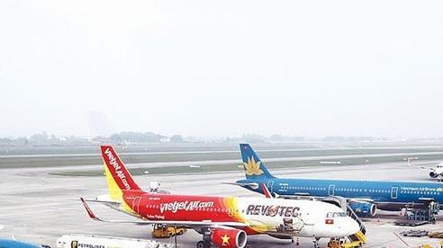 Cục hàng không Việt Nam: Áp giá sàn vé máy bay chỉ bằng đường sắt