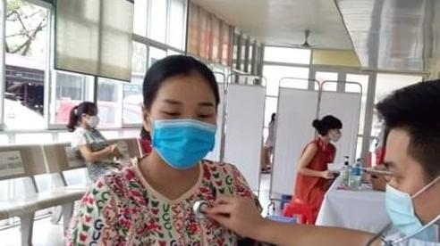 Hải Dương tiêm vaccine phòng Covid-19 cho hơn 100 thai phụ