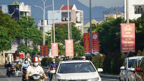 Đà Nẵng đón hơn 17 nghìngiáo viên, học sinh về địa phương