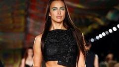 Siêu mẫu Irina Shayk tỏa sáng trên sàn diễn thời trang