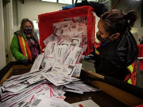 Canada: Chưa thể kiểm đếm hàng nghìn phiếu bầu qua đường bưu điện