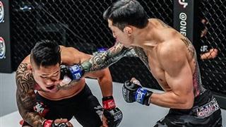 Martin Nguyễn rơi lệ sau thất bại trước 'Chiến thần' Hàn Quốc