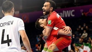 Thắng 'điên rồ', Iran là đội châu Á duy nhất vào tứ kết World Cup Futsal