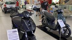 Các hãng 'bắt tay' làm xe máy điện