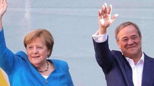 Người Đức đi bầu cử, bà Merkel ủng hộ 'người xây cầu'