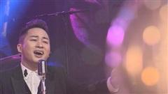 Tùng Dương hát 'Kiếp ve sầu' theo điệu Cha cha cha
