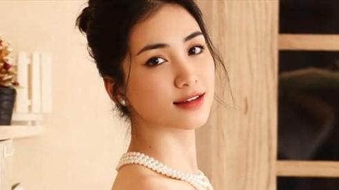 Hòa Minzy bất ngờ khoe ảnh bụng đầy vết rạn hậu sinh con