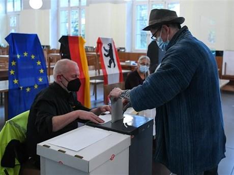 Bầu cử Quốc hội Đức: Tỷ lệ cử tri tham gia bỏ phiếu tăng mạnh