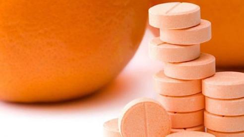 Tác hại khôn lường khi dùng vitamin C liều cao để phòng Covid-19