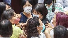 Các nhà lập pháp Đài Loan đánh nhau dữ dội chỉ vì tranh cãi mua vaccine Covid