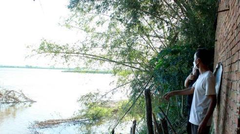 Quảng Ngãi: Chưa thể di dời khỏi 'ốc đảo' vì vướng phương án hỗ trợ