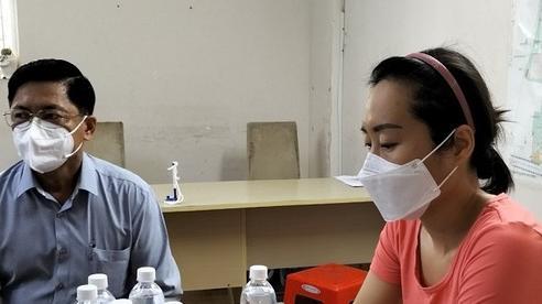 Bí thư phường xin lỗi người phụ nữ bị cưỡng chế đưa đi xét nghiệm Covid-19