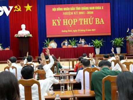 Quảng Nam: Thông qua 19 nghị quyết giải quyết các vấn đề bức thiết