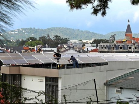 Tỷ trọng điện gió, điện Mặt Trời của Việt Nam tăng nhanh nhất khu vực