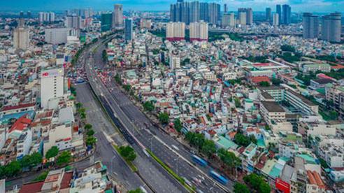 Xây dựng TP HCM thành trung tâm giao thương quốc tế
