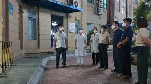 Nam Từ Liêm: Phong tỏa tạm thời 2 tòa chung cư liên quan đến 3 ca F0 ngoài cộng đồng
