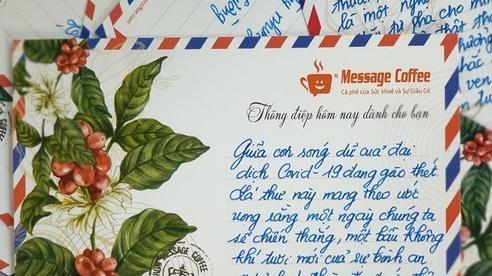 Giám đốc viết 15.000 thư tay gửi khách hàng online