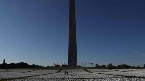 700.000 người Mỹ tử vong vì COVID-19