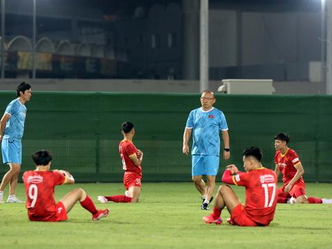 Văn Thanh dính chấn thương, tuyển Việt Nam gặp khó trước trận gặp Trung Quốc