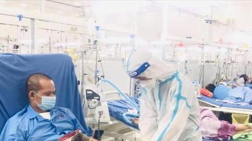 Bệnh nhân Covid-19 giữa lằn ranh sinh tử: Hạnh phúc vì được sống thêm lần nữa
