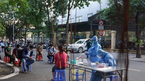 Phát hiện ca mắc Covid-19 mới, ổ dịch phức tạp Bệnh viện Việt Đức đã có 42 ca