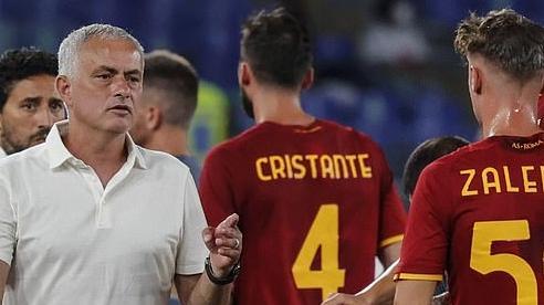 Thắng 42 trận liên tiếp trên sân nhà, Mourinho đi vào lịch sử Serie A