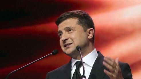 Tổng thống Ukraine vung tay, gần 100 cá nhân 'dính đòn' liên quan bầu cử Nga và vụ Navalny