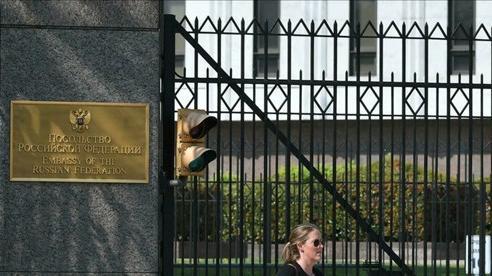 Thượng nghị sĩ Mỹ viết thư kêu gọi trục xuất 300 nhà ngoại giao Nga