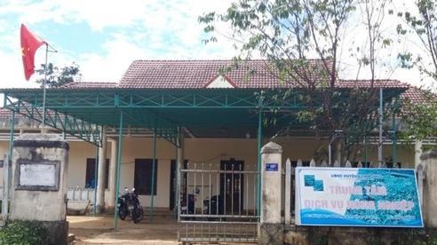 Cảnh cáo giám đốc ở Kon Tum quan hệ bất chính với nữ nhân viên cấp dưới