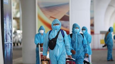 Đà Nẵng, Quảng Trị tiếp tục đón người dân từ các tỉnh phía nam về quê