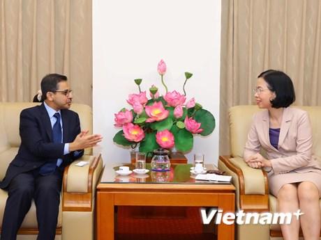 Tổng Giám đốc Vũ Việt Trang tiếp đại sứ Ấn Độ và đại sứ Indonesia