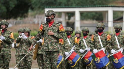Colombia dồn một lúc 14.000 binh sĩ ra gần biên giới với Venezuela