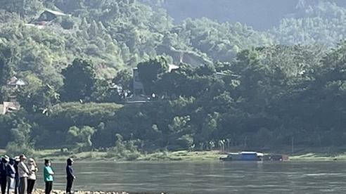 Khẩn trương tìm kiếm 2 học sinh đuối nước ở Tuyên Quang
