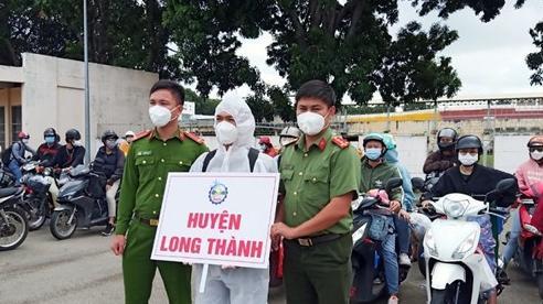 Đồng Nai đón hơn 2.300 công dân từ TP Hồ Chí Minh và Bình Dương trở về