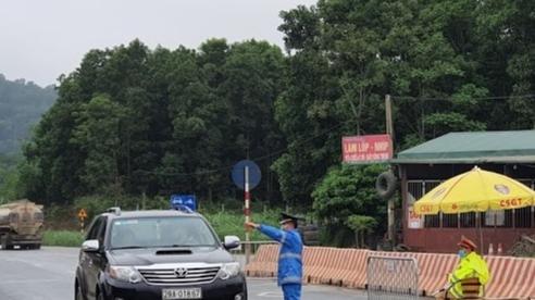 Hà Nội: Kiểm soát hơn 24.000 lượt phương tiện, xử phạt11 trường hợp kinh doanh vi phạm