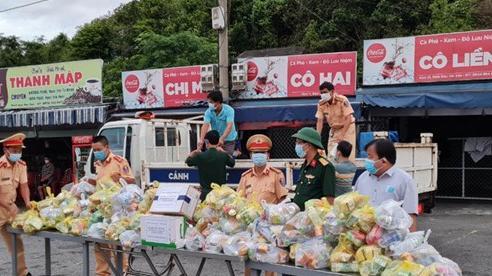 Người từ TP Hồ Chí Minh về quê được hỗ trợ miễn phí