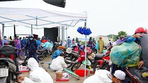 Đội SOS sinh viên đặc biệt của Đà Nẵng