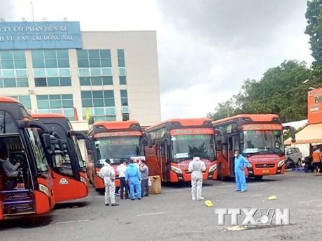 Đồng Nai phối hợp đưa người dân Lâm Đồng về quê tránh dịch COVID-19