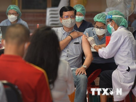 Thái Lan: Bangkok đặt mục tiêu tiêm 70% dân số trước thời điểm mở cửa