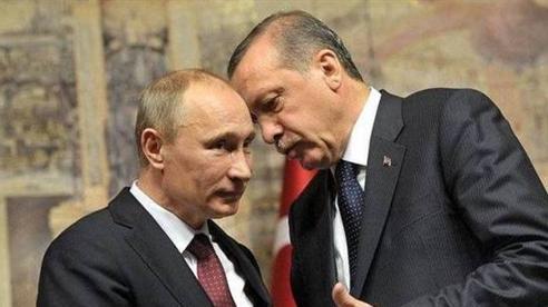 Ankara sẽ mua máy bay, động cơ và tàu ngầm của Nga?
