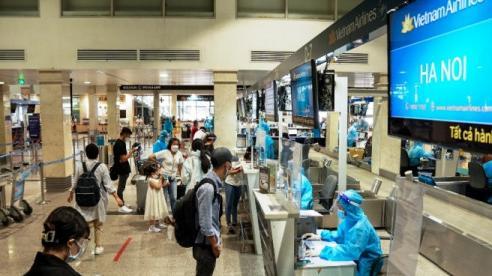 Hà Nội cho phép người từ TP Hồ Chí Minh đến theo dõi sức khỏe tại nhà hoặc nơi lưu trú