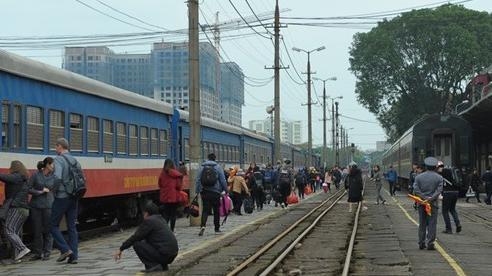 Vận tải hành khách bằng đường sắt chính thức hoạt động từ 13/10